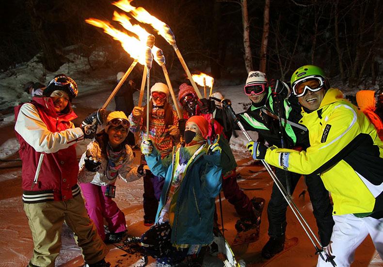 年末年始 スキー&スノーボードツアー/社会人サークルNutsbery